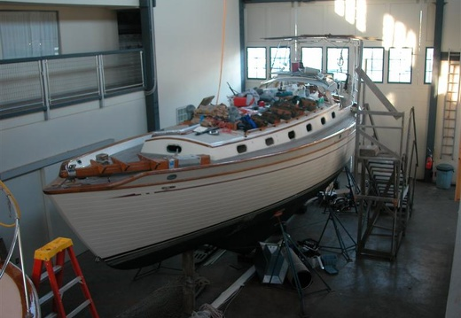 The boat shed at Fleet Marine was an awesome place to do all this work