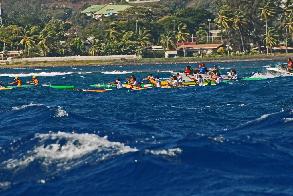 Canoe racing Tahitian style